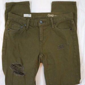 Gap 1969 Girlfriend Size 25R Destroyed Wash Jeans